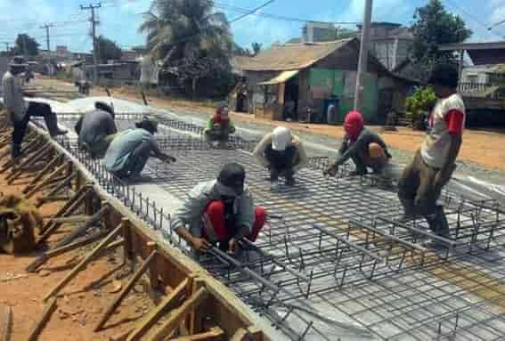 proses pembangunan jalan beton